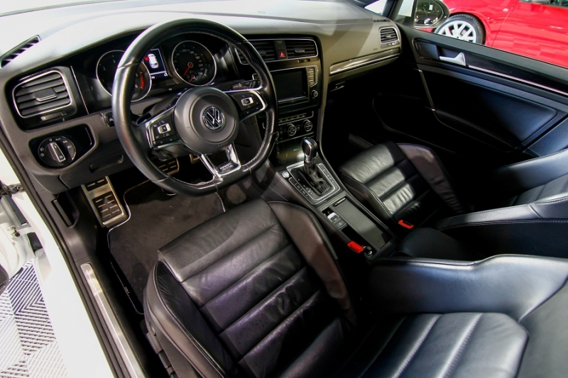 Photo 16 de l'offre de VOLKSWAGEN GOLF VII 2.0 TDI 184CH BLUEMOTION TECHNOLOGY FAP GTD DSG6 5P à 18990€ chez AC111 Automobiles