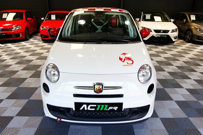 Photo 17 de l'offre de ABARTH 500 1.4 TURBO PREPA PISTE 244CH à 15990€ chez AC111 Automobiles
