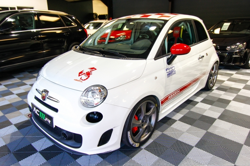 Photo 13 de l'offre de ABARTH 500 1.4 TURBO PREPA PISTE 244CH à 15990€ chez AC111 Automobiles