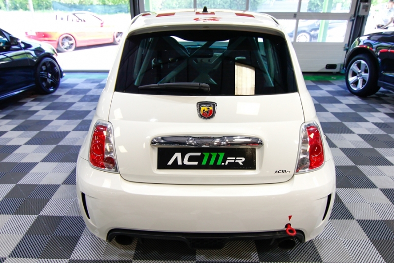 Photo 15 de l'offre de ABARTH 500 1.4 TURBO PREPA PISTE 244CH à 15990€ chez AC111 Automobiles